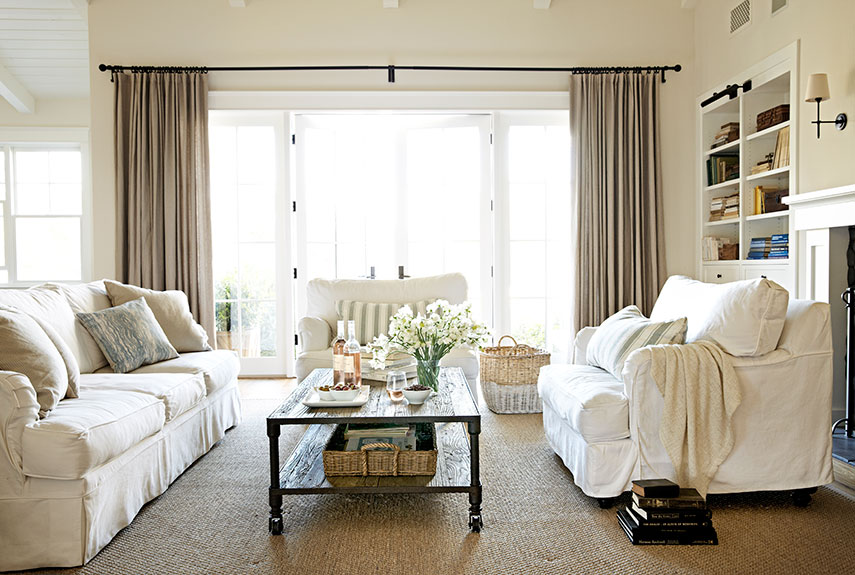 04-clx-the-new-house-living-room-0813-xln